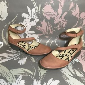 Fly London Plan Wedge Pump Rose Color 36 or 5.5-6
